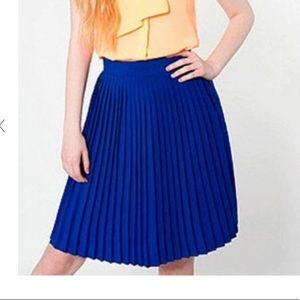American apparel, pleated blue skirt